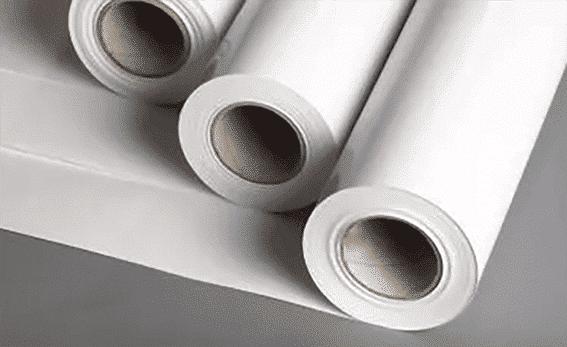 papier plakatowy w rolkach