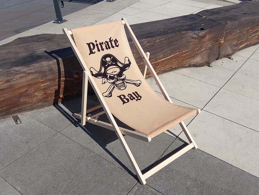 advertising deck chairs