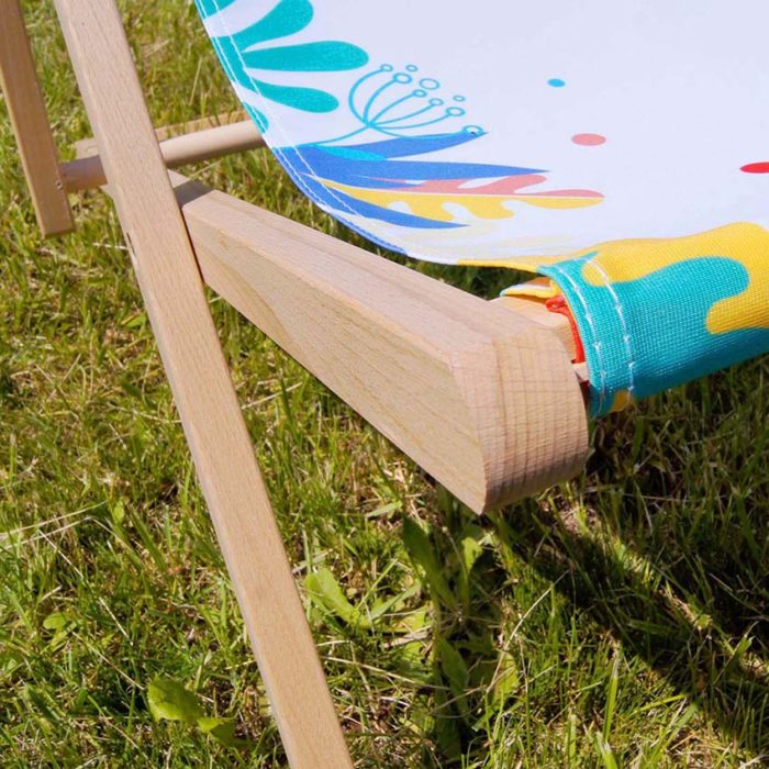 advertising deck chairs details
