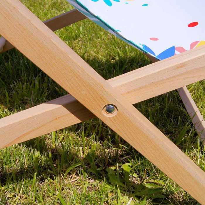 printed deck chair details