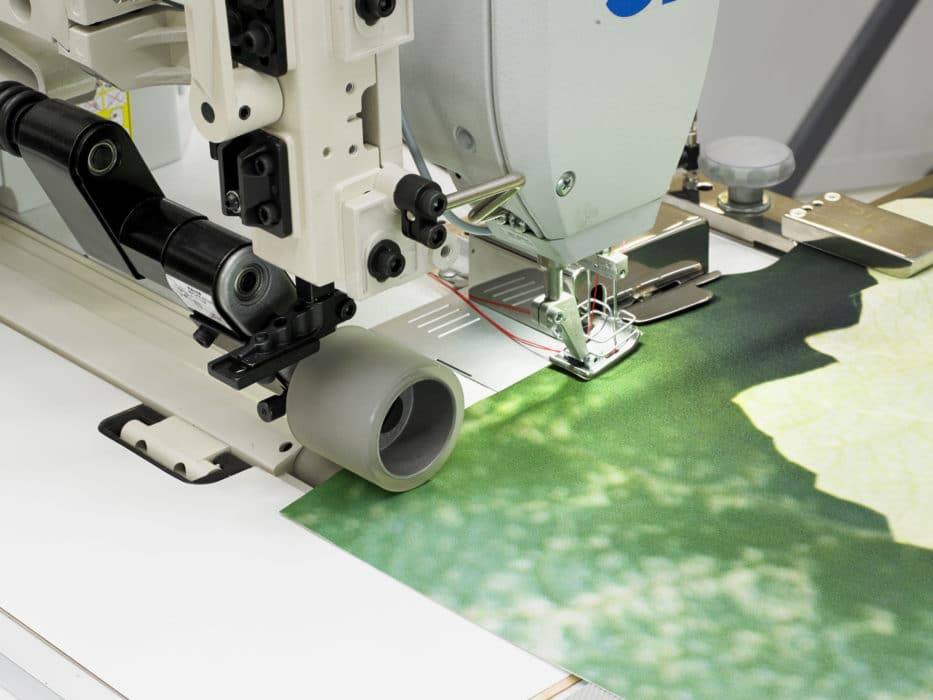 Sewing of advertising fabric
