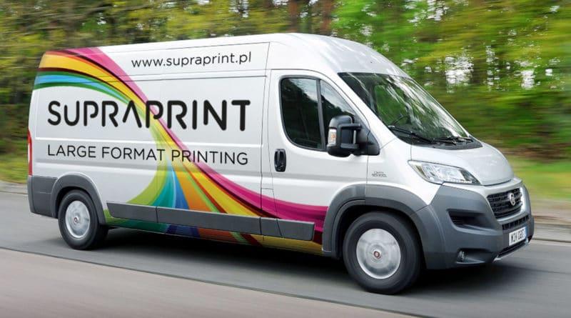 grafika samochodowa i druk na folii wylewanej